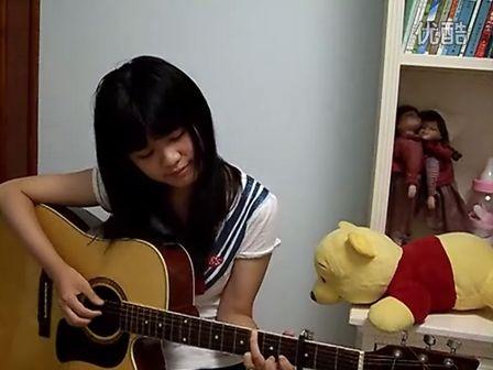 吉他弹唱《越长大越孤单》Cover by 白桦树娃娃