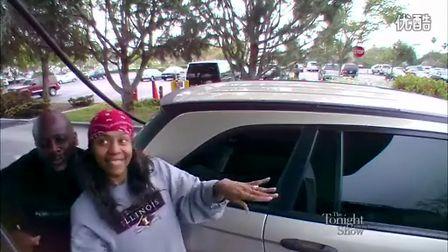 美国最强音:UIUC校友夫妇以在加油站的倾情自然演唱红遍美国