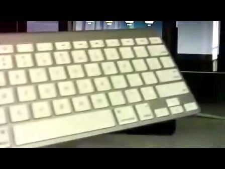 iPad蓝牙无线键盘(非键盘底座)基础教程技巧误区[WEIBUSI.NET 出品]
