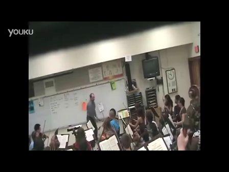 【优酷搞笑】愤怒的音乐老师 竟是愚人节的一次玩笑