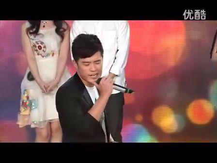 """娄艺潇 陈赫 首次同台登上综艺节目演唱""""因为爱情"""" 真心想说""""在一起,在一起"""""""