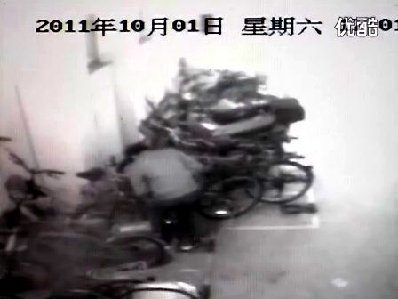 江苏省昆山市张浦镇银河新都29号楼地下车库偷车全过程